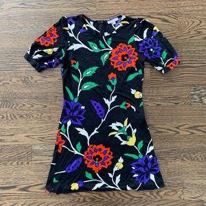 Nieves Lavi Floral Print Mini Dress